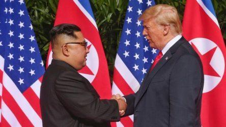 Κιμ Γιονγκ Ουν: «Εχθρική ενέργεια» των ΗΠΑ η παράταση των κυρώσεων