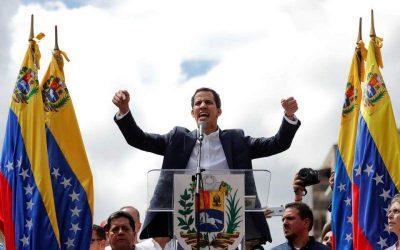 Το βλέμμα όλου του κόσμου στην Βενεζουέλα – Εκατοντάδες χιλιάδες στους δρόμους κατά του Μαδούρο