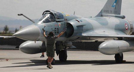 Δεύτερος Iνδός υπουργός επιβεβαιώνει αεροπορικές επιδρομές στο Πακιστάν