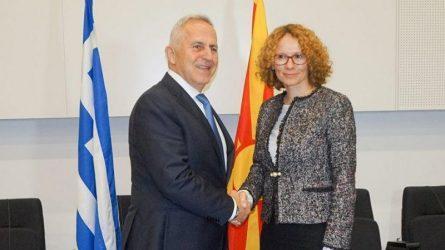 """Συνάντηση του Έλληνα Υπουργού Άμυνας με την Υπουργό άμυνας της """"Βόρειας Μακεδονίας"""""""