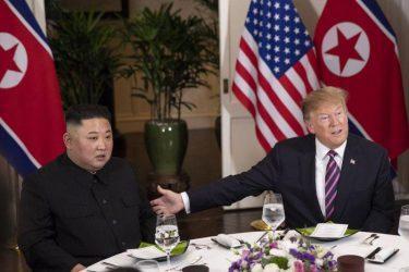 Ο Κιμ Γιονγκ Ουν δηλώνει «έτοιμος» για την αποπυρηνικοποίηση