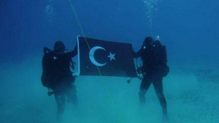 Παρέμβαση Αποστολάκη στο ΝΑΤΟ  – Κατέβηκε η φωτογραφία των Τούρκων από το twitter