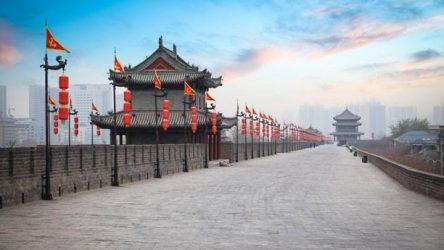 «Δρόμοι του Μεταξιού» – Το Πεκίνο υφαίνει τον ιστό του και απλώνει το κόκκινο χαλί