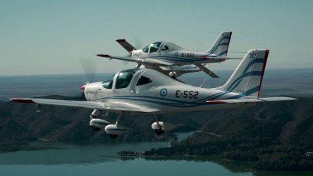Στην τελετή Παραλαβής Εκπαιδευτικών Αεροσκαφών από την ΠΑ ο υπουργός άμυνας