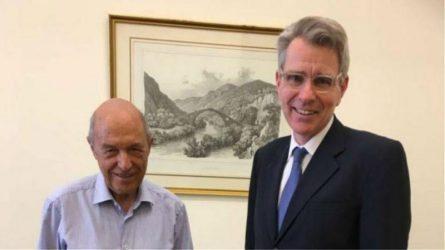 Τον Κώστα Σημίτη επισκέφθηκε ο Αμερικανός Πρέσβης Τζέφρι Πάιατ
