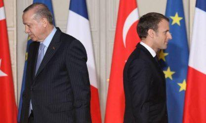 Η εμπλοκή της Γαλλίας στην Λιβύη εκνευρίζει τον Ερντογάν