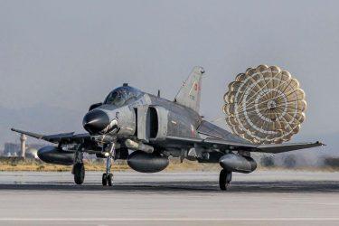 Σε 53 παραβιάσεις του εθνικού εναέριου χώρου προχώρησαν τουρκικά μαχητικά αεροσκάφη