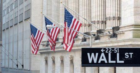 Εφιαλτική ημέρα η Δευτέρα για τα διεθνή χρηματιστήρια