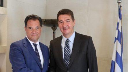 Συνάντηση του υπουργού Ανάπτυξης με τον πρέσβη της Σερβίας