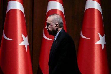Ερντογάν: Θα ανοίξουμε τα σύνορα για τους πρόσφυγες αν δεν υποστηριχθεί η «ζώνη ασφαλείας»