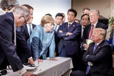 Μέρκελ: Δε φταίει μόνο ο Τραμπ για την επιβράδυνση της διεθνούς οικονομίας