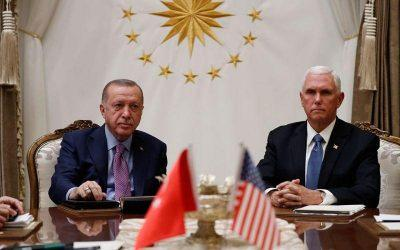 """""""Κρύο αίμα"""" στην συνάντηση Ερντογάν-Πενς"""