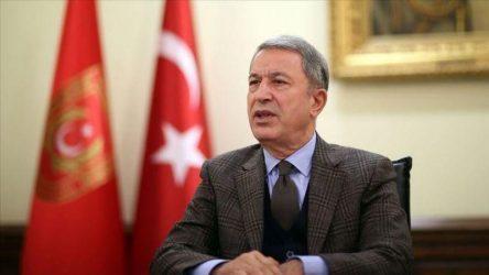 Τούρκος υπουργός Άμυνας: Οι S-400 θα ενεργοποιηθούν