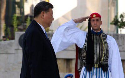 Η «Αυτοσυντήρηση» απομακρύνει την Ελλάδα από τις ΗΠΑ του Τραμπ