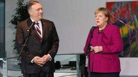 Μέρκελ σε Πομπέο: Δεν θα ξεχάσουμε τη συμβολή των ΗΠΑ στη γερμανική ενότητα