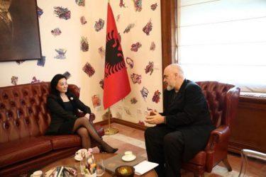 Αλβανία: Συνάντηση Ράμα  με την Αμερικανίδα Πρέσβειρα