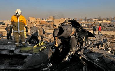 Η Τεχεράνη δεν προτίθεται να παραδώσει τα Μαύρα Κουτιά από την πτώση του Boeing 737
