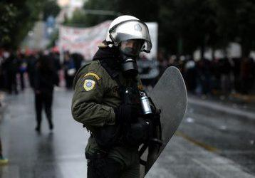 Περιφερειάρχης Βορείου Αιγαίου: «Στρατός κατοχής, στρατός του Ερντογάν τα ΜΑΤ»