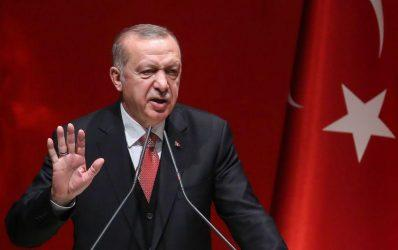 Αυστριακός ευρωβουλευτής: Ο Ερντογάν πρέπει να απειληθεί με σοβαρές και οδυνηρές κυρώσεις