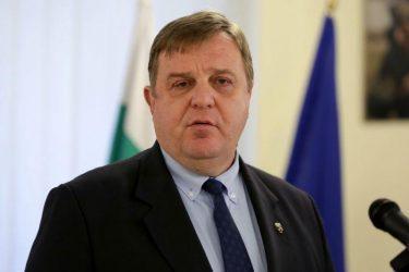 Υπουργός Άμυνας Βουλγαρίας: Θα αντιδράσουμε σε δομή παράνομων μεταναστών στην ελληνική πλευρά