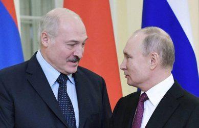 Η Μόσχα συνεχίζει να πιέζει ενεργειακά τη Λευκορωσία