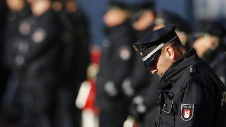 20 αστυνομικούς και ένα ελικόπτερο στέλνει το Βερολίνο στην Ελλάδα