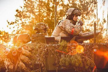 Οι σύμμαχοι των ΗΠΑ και τα μέλη του ΝΑΤΟ πλήττονται από την πανδημία