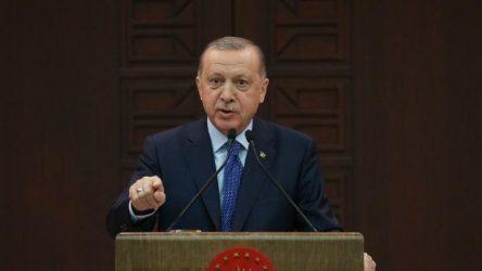 Ο Ερντογάν καλεί τους Τούρκους πολίτες να μπουν σε «εθελοντική καραντίνα»