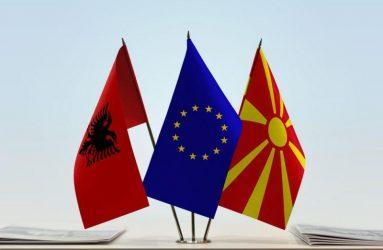 Ξεκινούν οι συνομιλίες με Αλβανία και Βόρεια Μακεδονία από την Ε.Ε.
