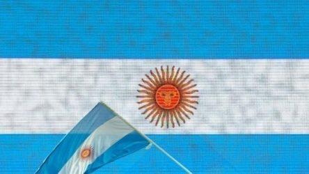 Σε «υποχρεωτική» καραντίνα ολόκληρη η Αργεντινή