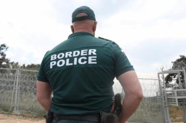 Κλείνει τα σύνορα η Βουλγαρία για τρίτες χώρες και ορισμένες της Ε.Ε