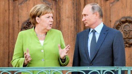 Τηλεφωνική επικοινωνία Μέρκελ-Πούτιν για πανδημία, πετρέλαιο και Ουκρανία