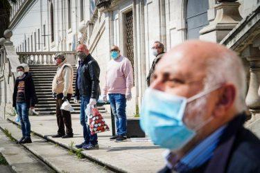 """Τον κώδωνα του κινδύνου κρούει ο Νταβίντ Σασόλι στην """"οικονομική πολιτική"""" του Covid-19 στην Ευρώπη"""