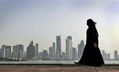 Ηνωμένα Αραβικά Εμιράτα: : Προσευχή από το σπίτι για τους μουσουλμάνους