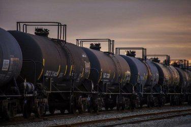 Η μη δυνατότητα αποθήκευσης έφερε συμφωνία στον OPEC+ για μείωση της παραγωγής