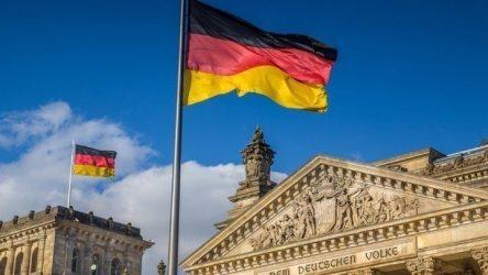 Γερμανία: Διαβουλεύσεις για τη «στρατηγική εξόδου» από τους περιορισμούς
