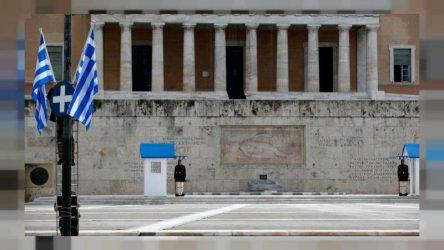 Deutsche Welle : Η Ελλάδα σιγά-σιγά κερδίζει τη μάχη της