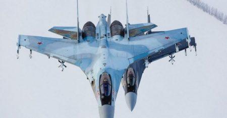 Δύο ρωσικά Su-35 αναχαίτισαν ένα αναγνωριστικό αεροσκάφος P-8A του αμερικανικού Πολεμικού Ναυτικού πάνω από τη Μεσόγειο