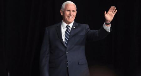 Ο Μάικ Πενς θα κρατάει απόσταση από τον Αμερικανό πρόεδρο