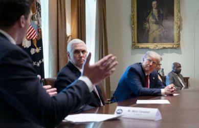 Με κορωνοϊό η γραμματέας του αντιπροέδρου των ΗΠΑ Μάικ Πενς