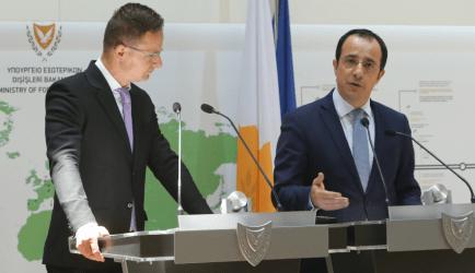 Κύπρος:Υπέρ σκληρής στάσης στο μεταναστευτικό ο Ούγγρος ΥΠΕΞ-Ενημερώθηκε για τις τουρκικές προκλήσεις