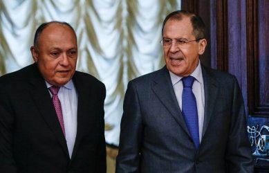 Οι εξελίξεις σε Μέση Ανατολή και Βόρεια Αφρική στο επίκεντρο της συνομιλίας Λαβρόφ – Σούρκι