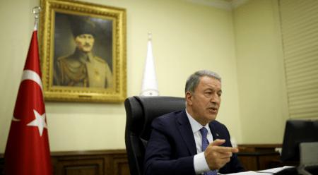 Ο Ακάρ εξέφρασε τις ανησυχίες της Άγκυρας: Δεν πρέπει τα προβλήματα μεταξύ Τουρκίας-Ελλάδας, να συζητούνται ως προβλήματα με την Ευρώπη και με την Αμερική