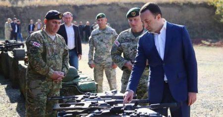 Γεωργία: Το υπουργείο Άμυνας θα αγοράσει υλικό τυποποιημένο από το ΝΑΤΟ