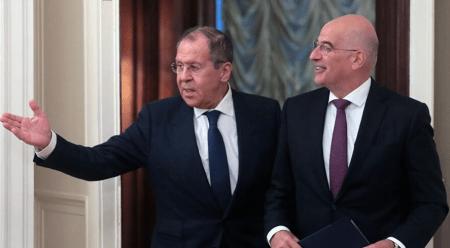 Η Ρωσία εγκαινιάζει μια πιο «Δυτική» προσέγγιση στην Ελλάδα
