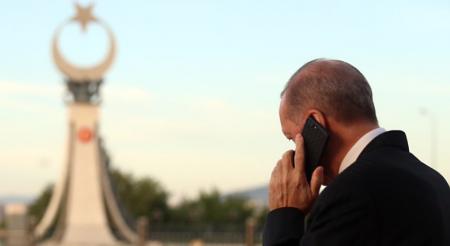 Ο Ερντογάν συσπειρώνει γύρω του το ακραίο Ισλάμ με αντιχριστιανικό αγώνα και πόλεμο με «άπιστους»