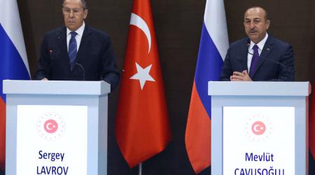 Αναβλήθηκε η συνάντηση Τσαβούσογλου -Λαβρόφ