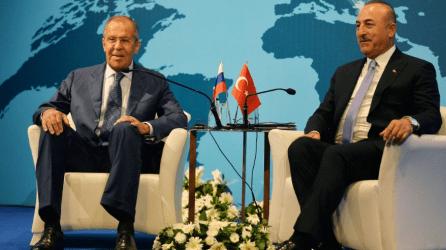 Μόσχα και Άγκυρα τα βρίσκουν σε Λιβύη και S-400