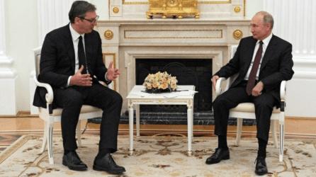 Το ζήτημα του Κοσόβου συζήτησαν Πούτιν και Βούτσιτς στη Μόσχα