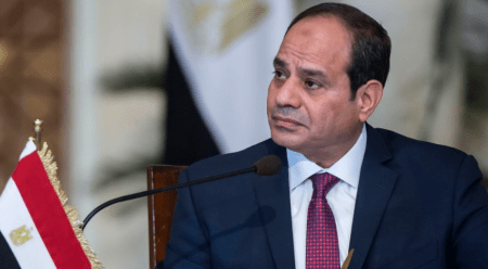 Ο Αιγύπτιος πρόεδρος ανακοίνωσε σχέδιο για εκεχειρία στην Λιβύη